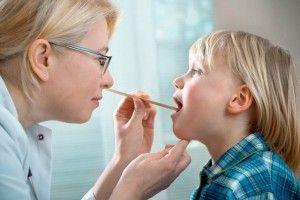 Герпетический стоматит у детей: острый, кандидозный, гнойный, лечение
