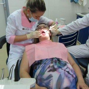 беременная у стоматолога