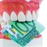челюсть с деньгами