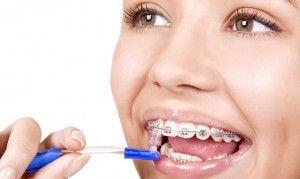 использование ершика для зубов