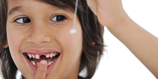 удалить зуб сам себе
