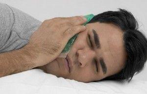 Как вирвать коренной зуб в домашних условиях